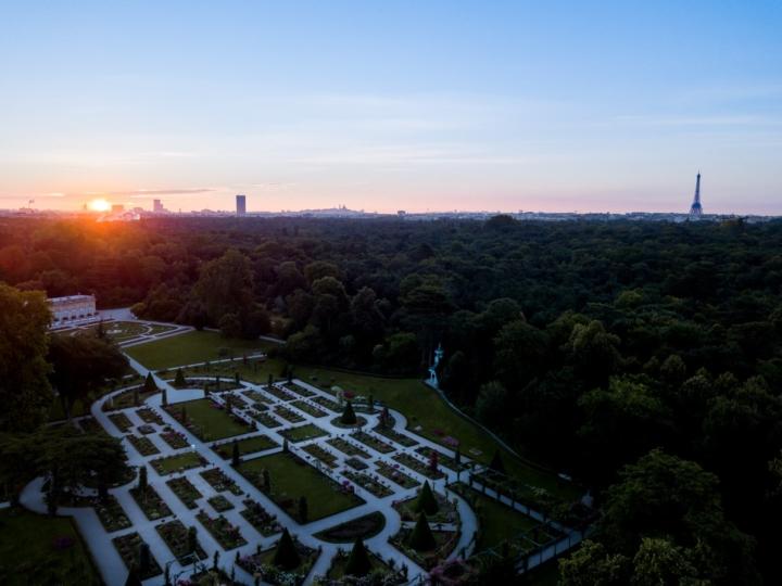 Bagatelle, Tour Eiffel et la Fondation Louis Vuitton au lever du soleil