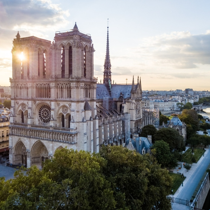 Discover nature in Paris from a drone, at sunrise. Louvre, Notre-Dame, Montmartre, peniche,