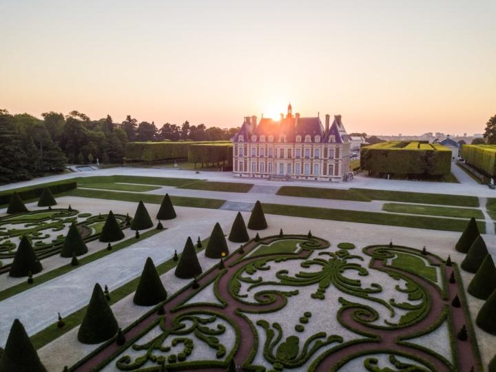 Plein soleil sur le château de Sceaux, Hauts-de-Seine